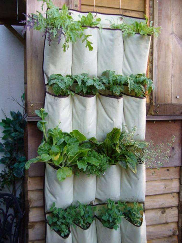 un jardin ou un potager vertical l 39 int rieur ou l 39 ext rieur moving tahiti. Black Bedroom Furniture Sets. Home Design Ideas