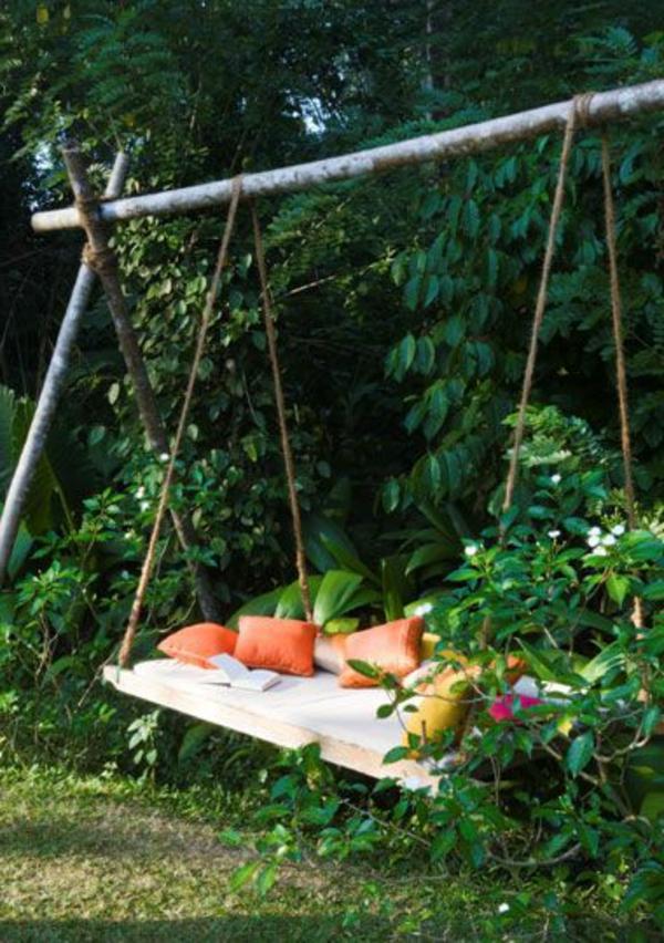 Une balan oire dans votre jardin moving tahiti for Balancoire de jardin