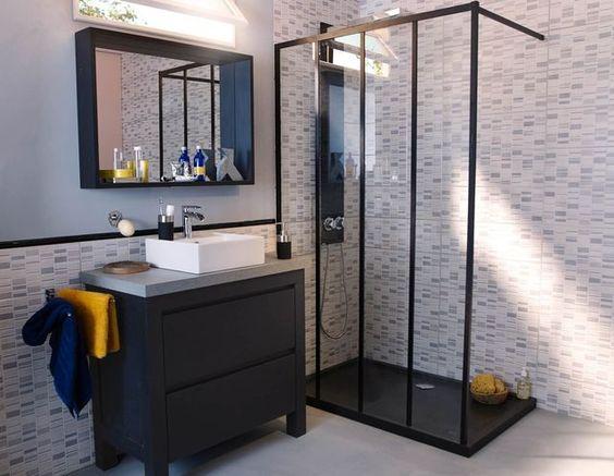 Cloisonner son espace avec une verri re moving tahiti for Rendre lumineuse salle de bain sans fenetre