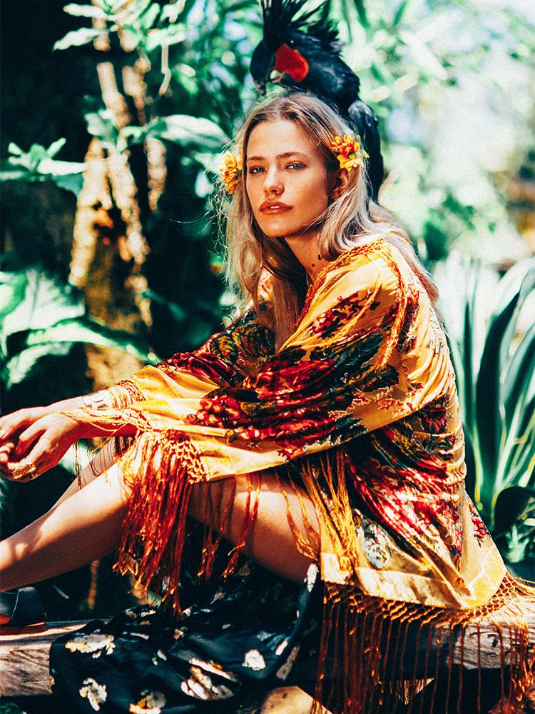 Rencontre femme hippie-chic