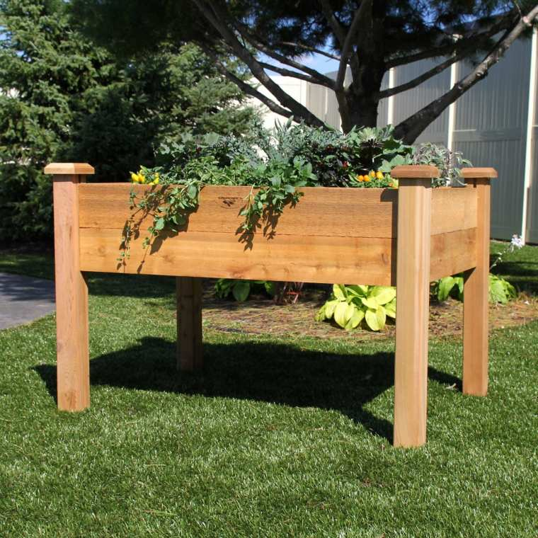 jardiner debout pour plus de confort moving tahiti. Black Bedroom Furniture Sets. Home Design Ideas